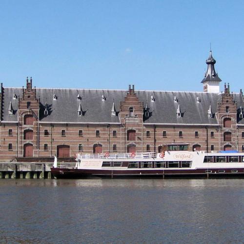 Rondvaart op de Binnendijle in Mechelen - oud zwemdok