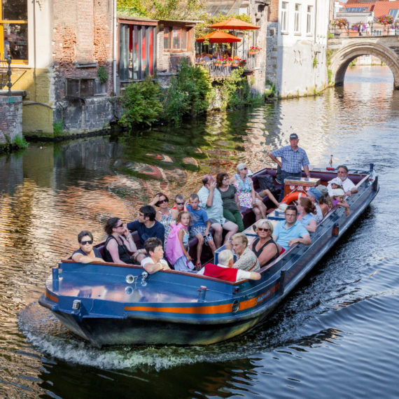 Boats in Mechelen - Explore Mechelen in a group!