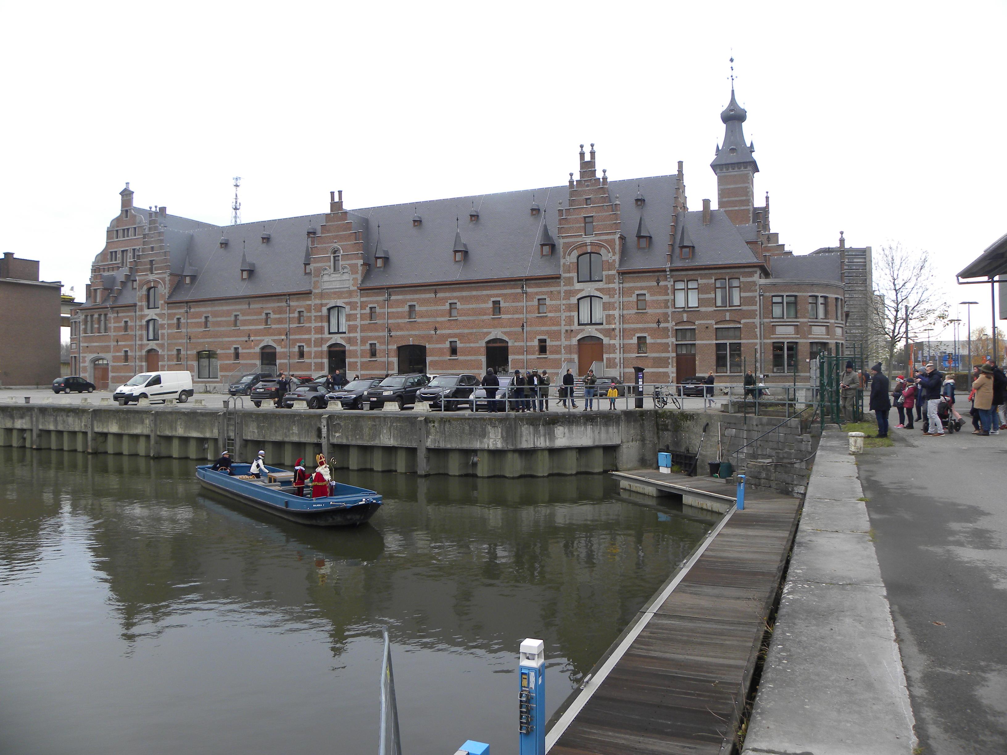 afvaart in het keerdok in Mechelen